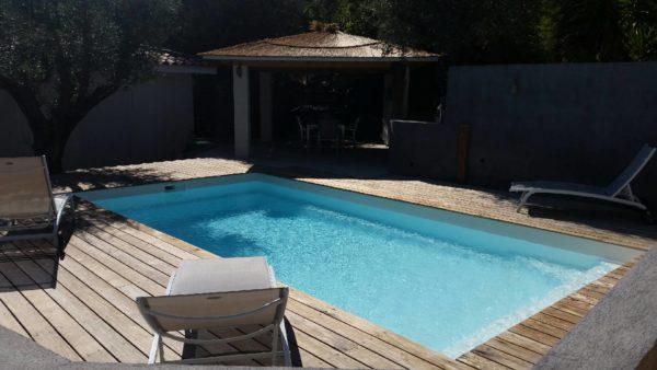 Kryptonite 2020 fond incline spa concept couverture luxembourg belgique tendances profondeur Coque polyester piscine fond plat