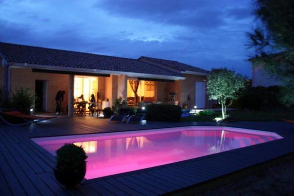 Tanzanite spa concept couverture luxembourg belgique Spa piscine tendances profondeur Coque polyester piscine fond plat
