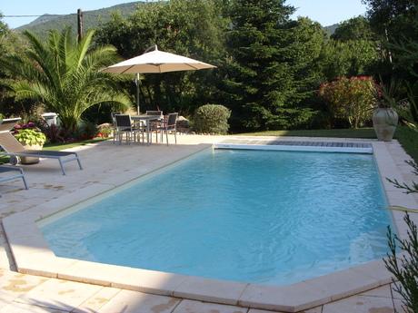 agate 2020 fond incline spa concept couverture luxembourg belgique tendances profondeur Coque polyester piscine fond plat