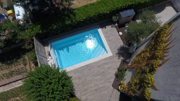 celestine 20 fond incline spa concept couverture luxembourg belgique tendances profondeur Coque polyester piscine fond plat