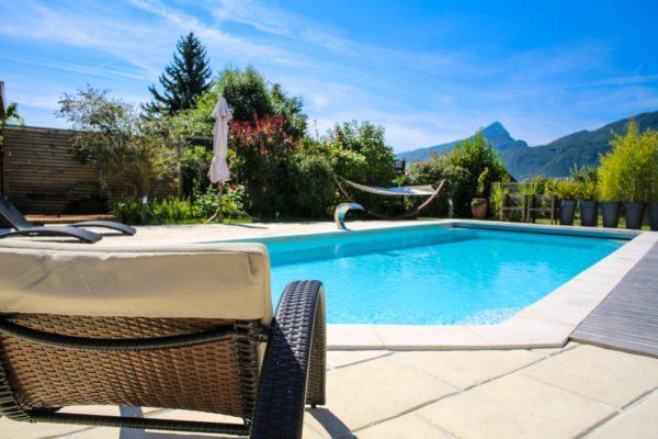 tanzanite 20 fond incline spa concept couverture luxembourg belgique tendances profondeur Coque polyester piscine fond plat