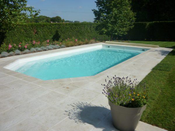 tanzanite 202 fond incline spa concept couverture luxembourg belgique tendances profondeur Coque polyester piscine fond plat